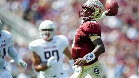 Jameis Winston of the Florida State Seminoles looks