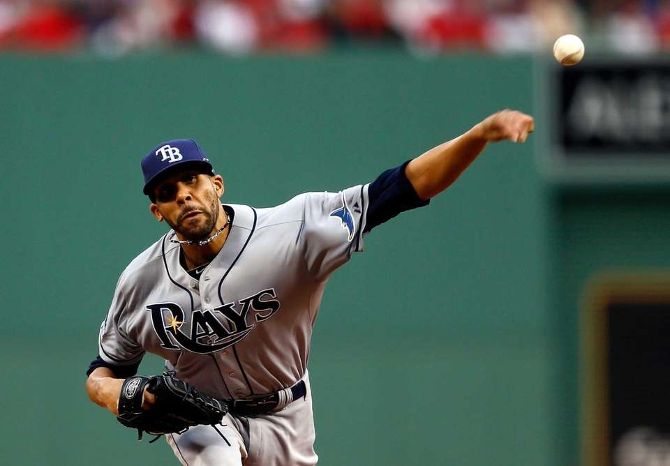 Tampa Bay Rays pitcher David Price delivers a