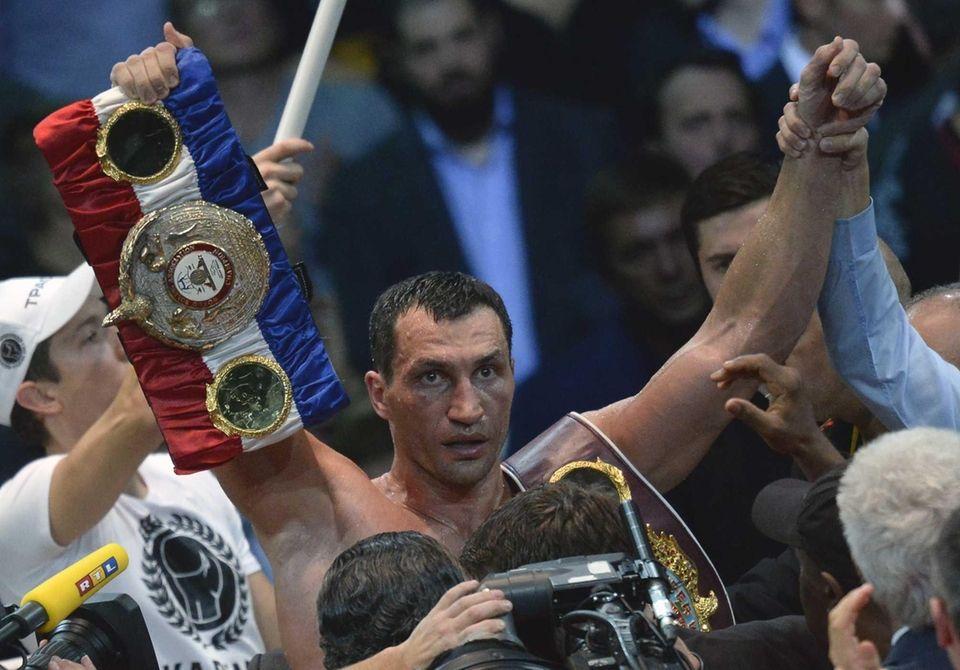 Ukrainian heavyweight boxing world champion Wladimir Klitschko celebrates