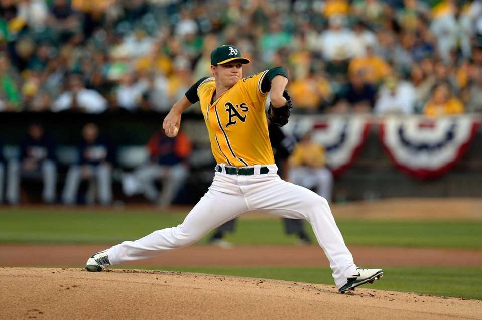 Sonny Gray of the Oakland Athletics throws a