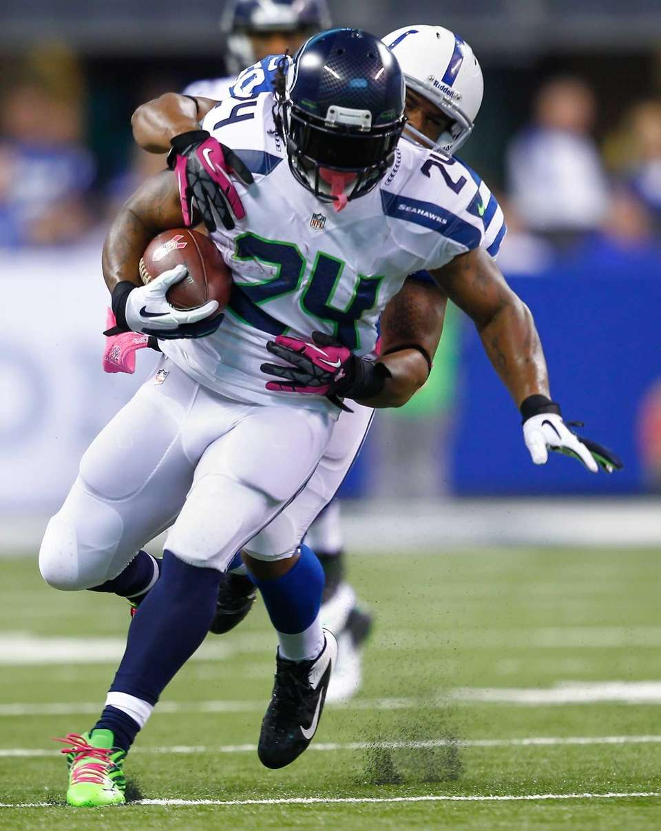 Seattle Seahawks running back Marshawn Lynch runs the