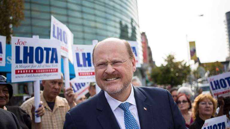 Joe Lhota campaigning for New York City mayor