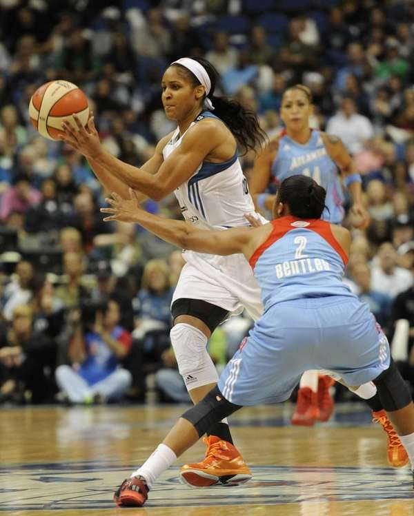 Maya Moore (no. 23) of the Minnesota Lynx