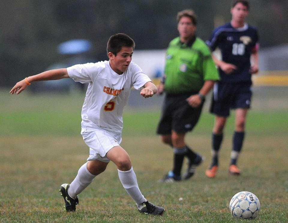 Chaminade's Danilo Lozada gets ready to pass during