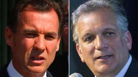 Left, former Nassau County Executive Tom Suozzi speaks
