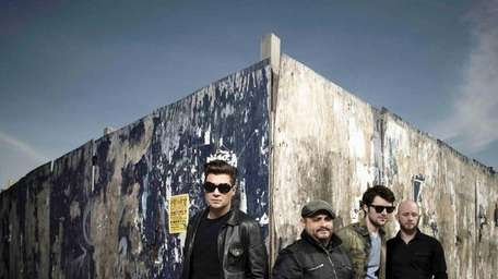 Band: Taking Back Sunday, formed in 1999