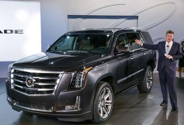Senior Vice President Global Cadillac Bob Ferguson unveils