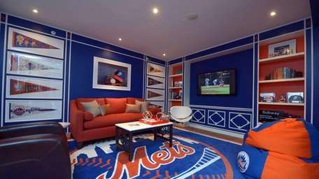 Matthew Patrick Smyth's Mets-themed room for Project Design