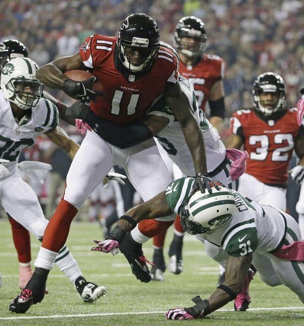 Atlanta Falcons wide receiver Julio Jones (11) is