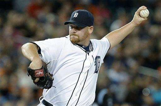 Detroit Tigers relief pitcher Phil Coke delivers a