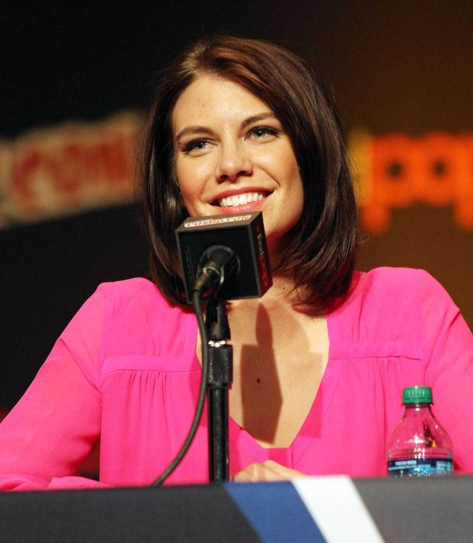 Actress Lauren Cohan attends