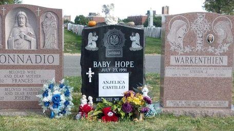 Baby Hope's gravesite at St. Raymond's Cemetery in