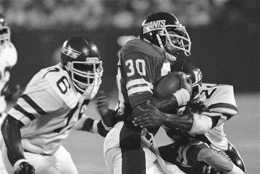 1979 RECORD: 6-10 The Giants started 0-5 before