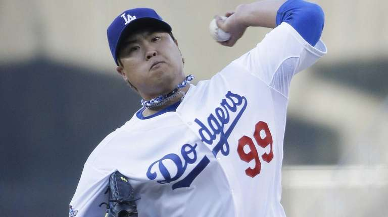 Los Angeles Dodgers starting pitcher Hyun-Jin Ryu delivers