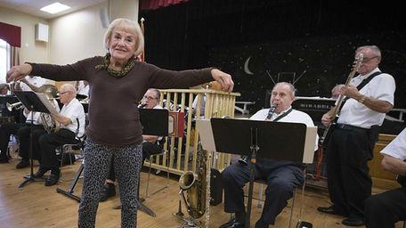 Jo Varano, 89, cuts a rug while the