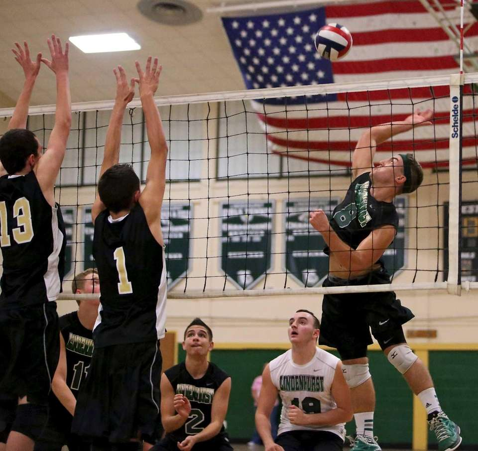 Lindenhurst's Ryan McDonough looks to put the shot