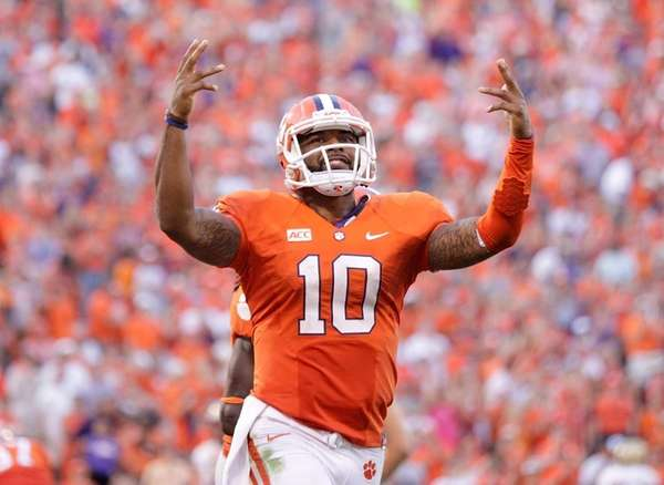 Tajh Boyd of the Clemson Tigers celebrates after