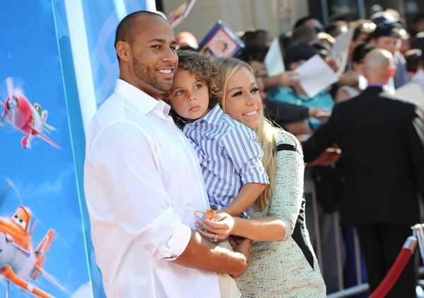 TV personalites Hank Baskett and Kendra Wilkinson Baskett