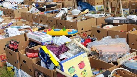Reader Gloria Schramm remember holding a garage sale
