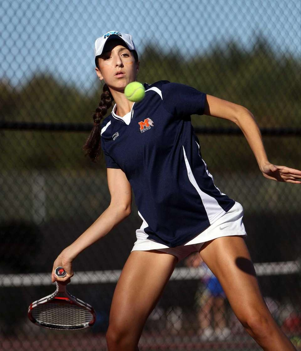 Manhasset's Nicole Koskovolin during her game against Ally