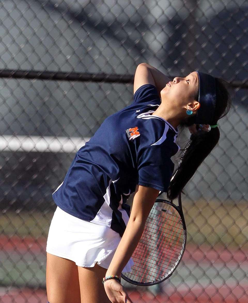 Manhasset's Amanda Foo during her game against Lauren