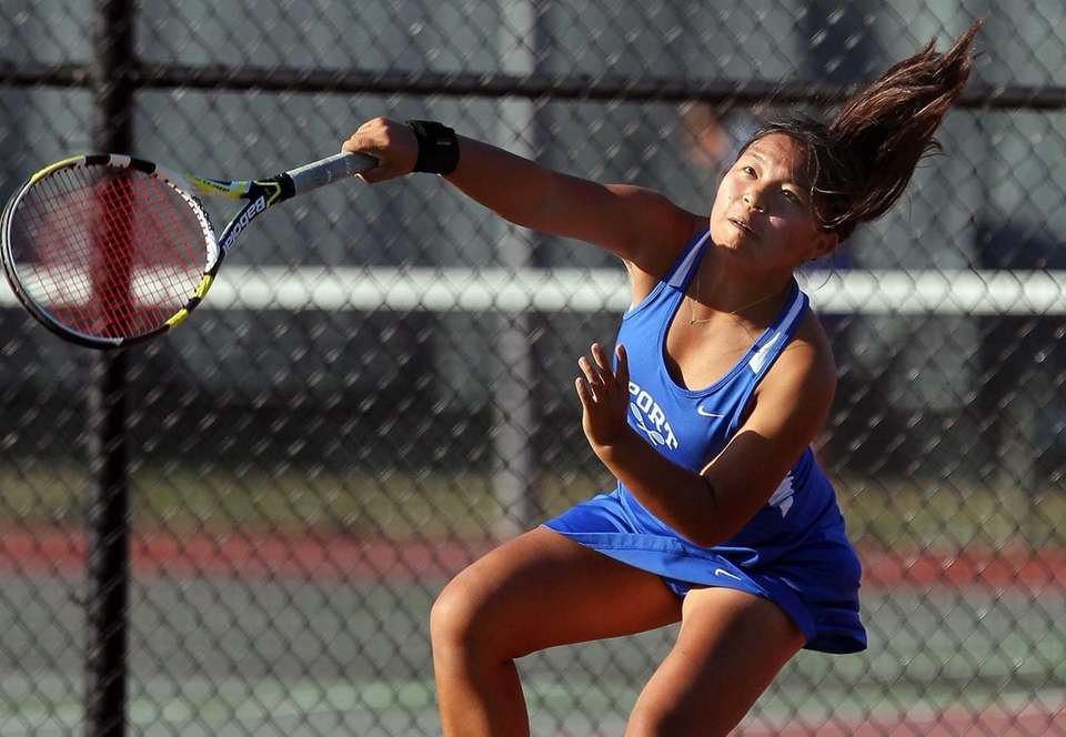 Port Washington's Lauren Livingston during her match against