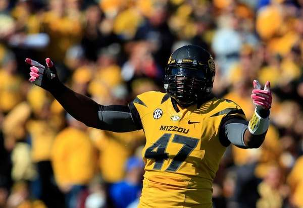 Defensive lineman Kony Ealy of the Missouri Tigers