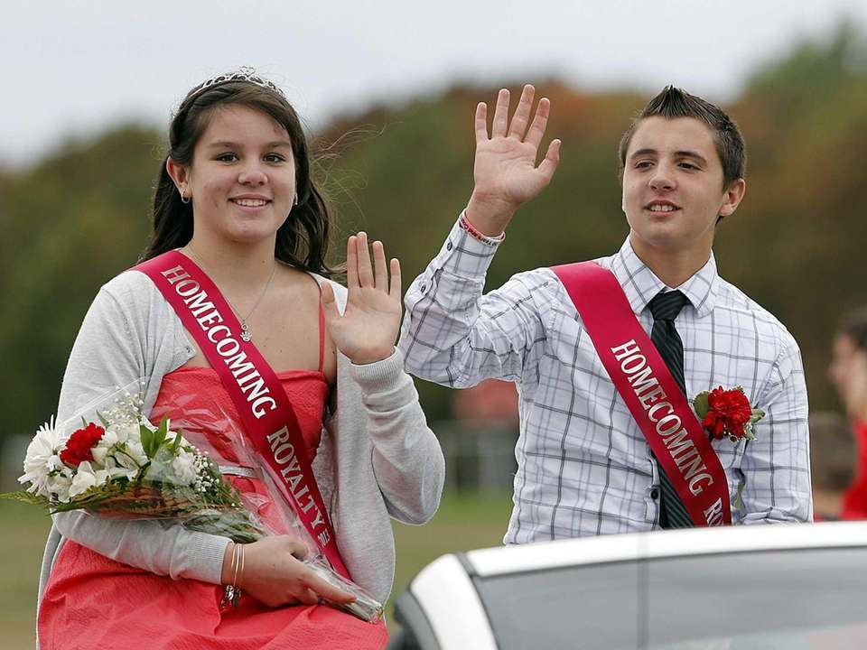 Connetquot High School homecoming queen Dorothy Rodgers and