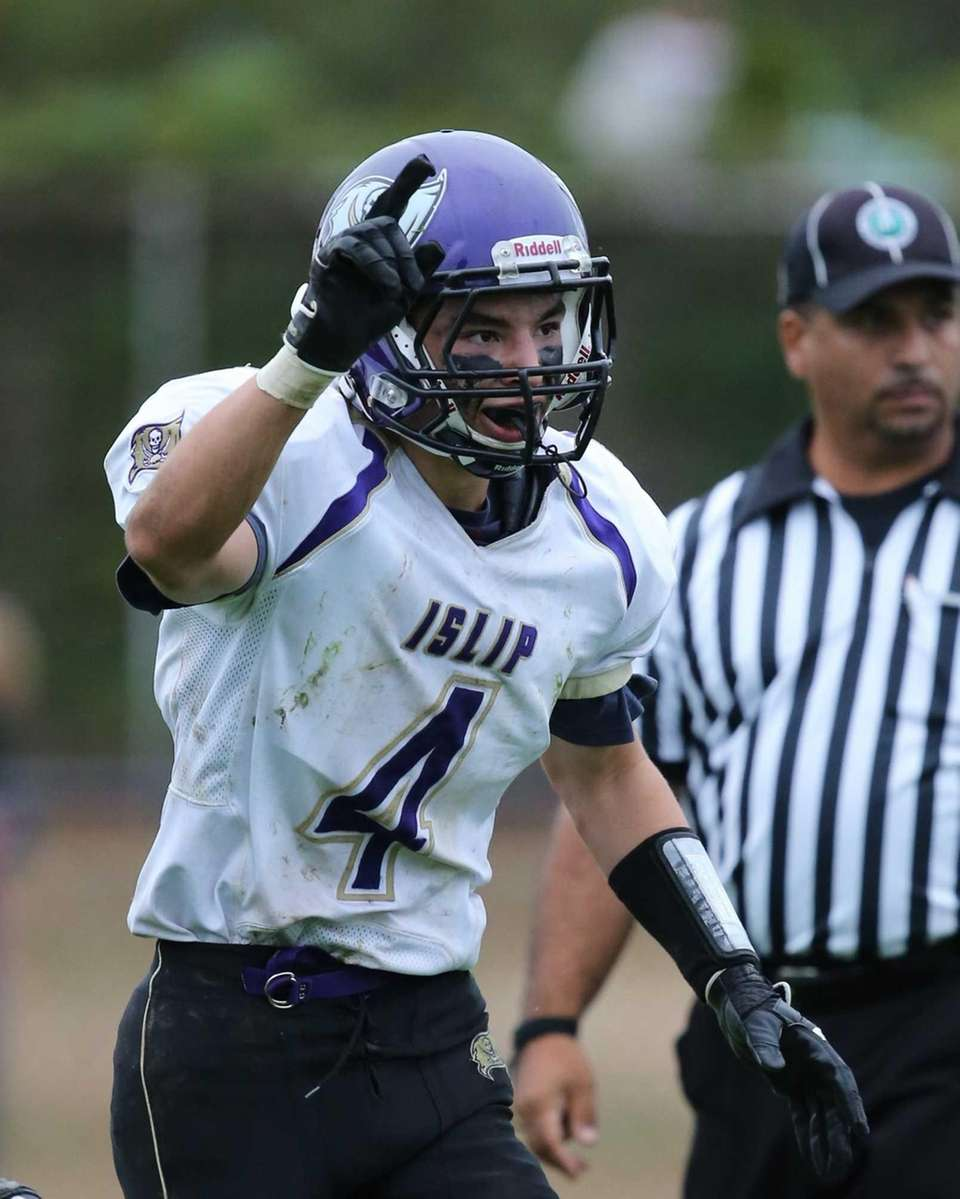 Islip's Tim Going celebrates his go-ahead touchdown during