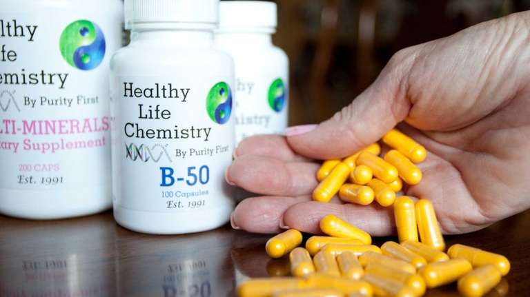 Yellow vitamins of the b-50 vitamin. Purity First