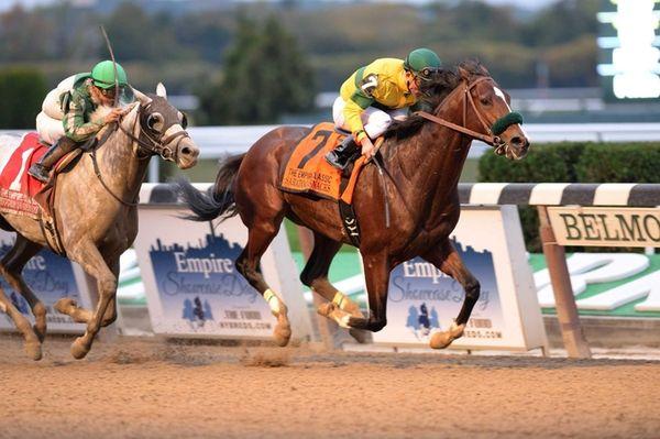 Saratoga Snacks, with jockey Joel Rosario, captures the