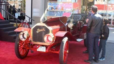 This working 1910 Buick Model 16 owned by