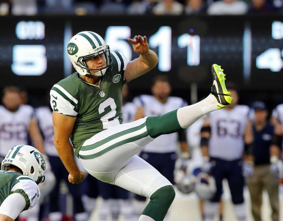 Nick Folk kicks the game-winning field goal in