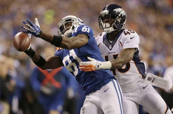 Indianapolis Colts wide receiver Darrius Heyward-Bey misses a