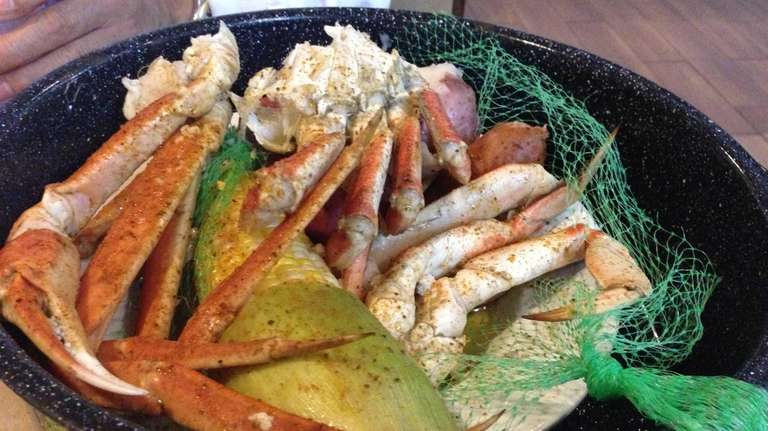 The classic steampot at Joe's Crab Shack in