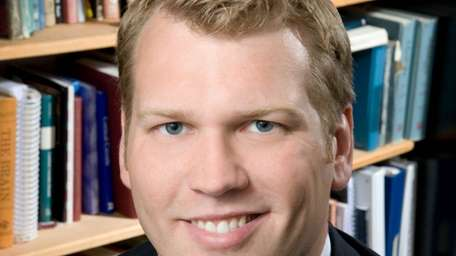 Chris Nowinski was forced to retire due to