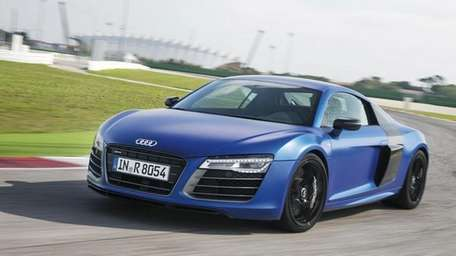 The 2014 Audi R8 has a number of