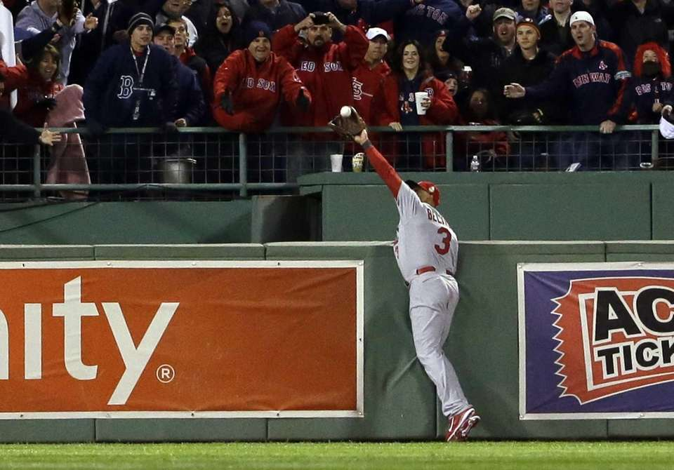 St. Louis Cardinals' Carlos Beltran makes a catch