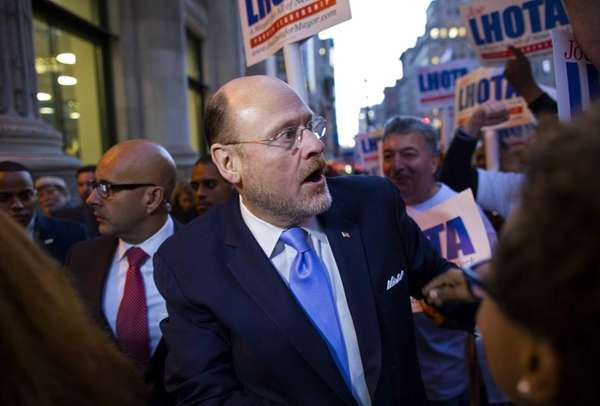 Republican mayoral candidate Joe Lhota arrives for debate