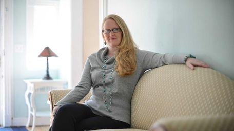 Lauren Stiles, 35, is the president of Dysautonomia