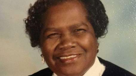 Thelma Grier, of Uniondale, died at Mercy Medical