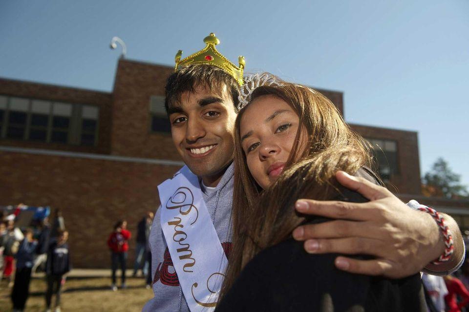 Sheharyar Waheed, 17, and Nancy Vasquez, 16, the