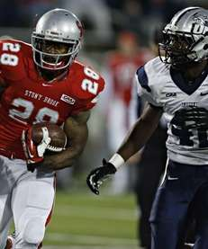 Stony Brook Seawolves running back James Kenner (no.