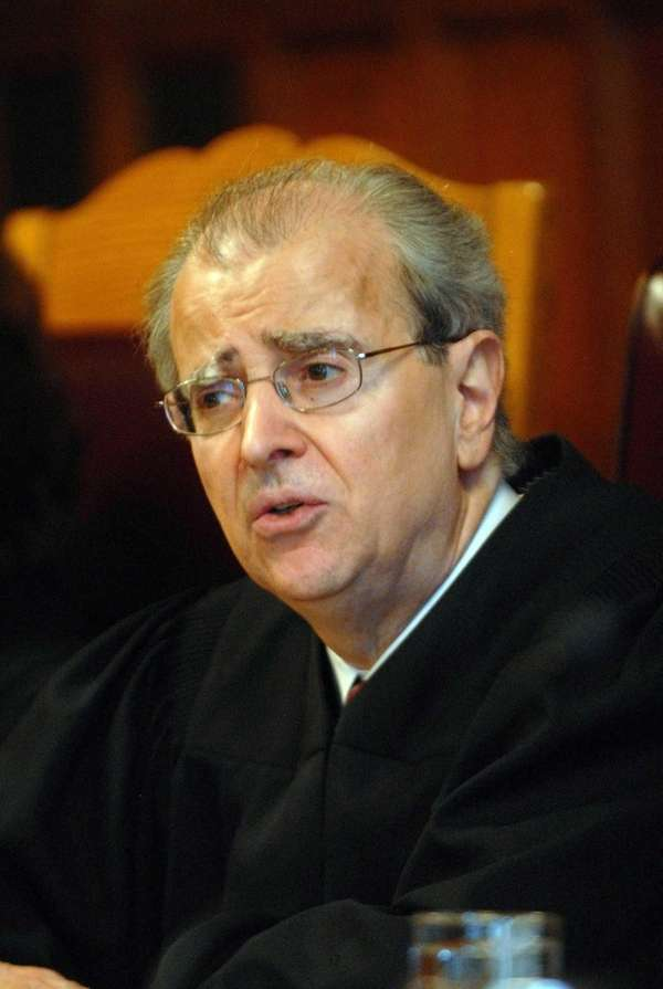 Judge Jonathan Lippman shown during a swearing-in ceremony