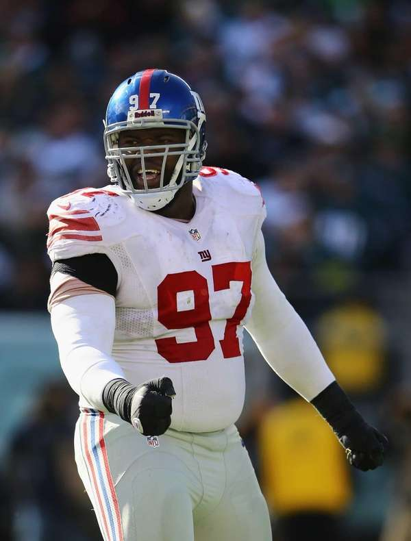 Giants defensive lineman Linval Joseph celebrates after a