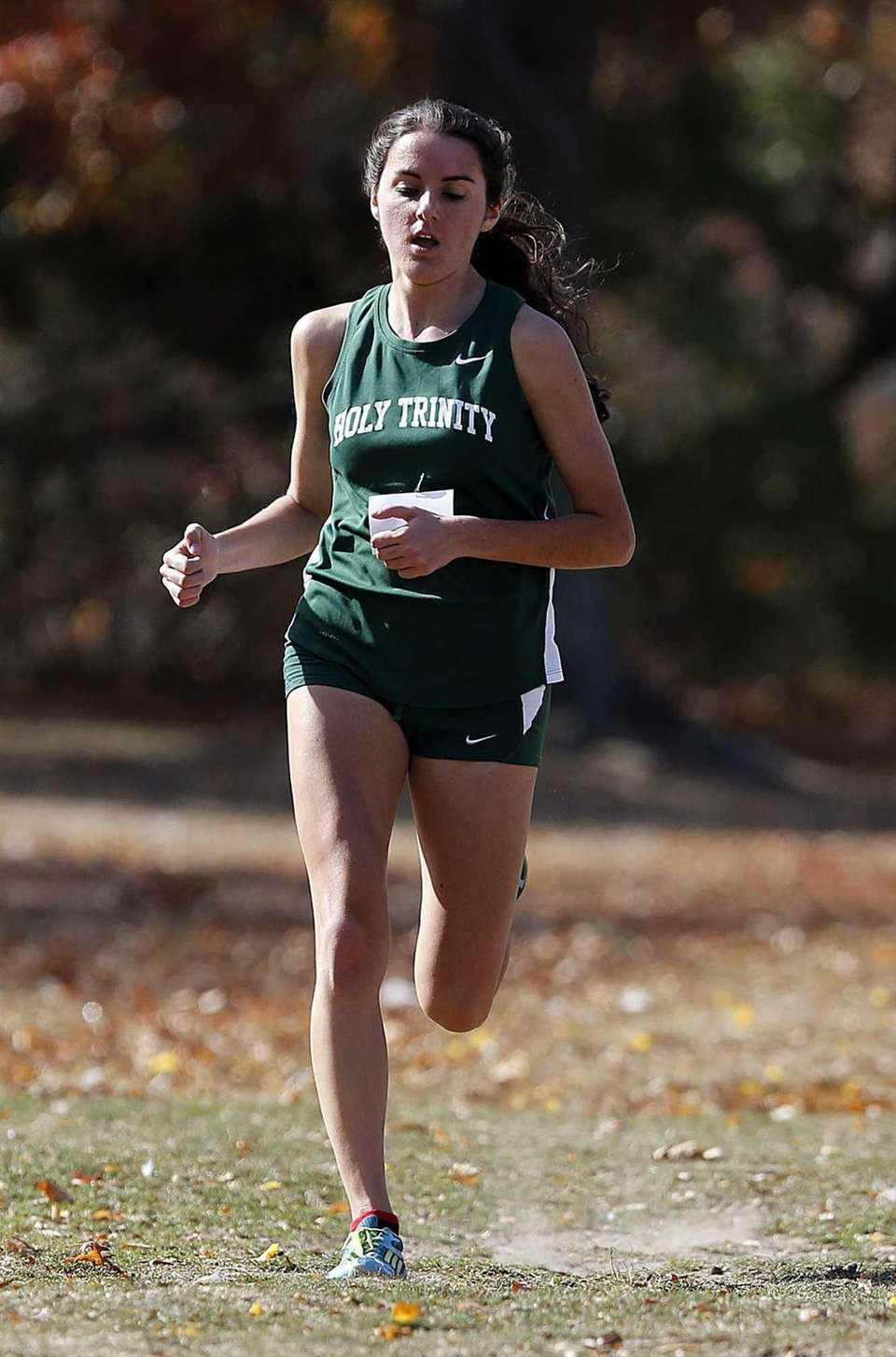 Marianne Bartolotta finished seventh in the girls varsity