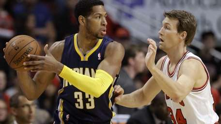 Indiana Pacers forward Danny Granger (33) looks to