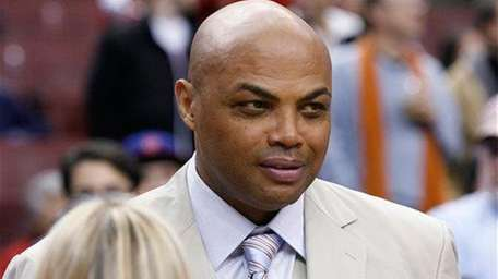 Charles Barkley talks to fans before the 76ers'