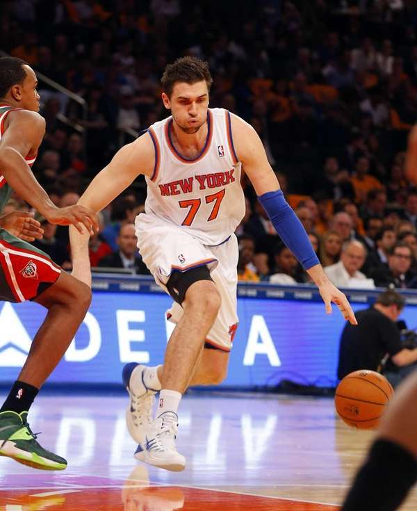 Andrea Bargnani of the Knicks controls the ball