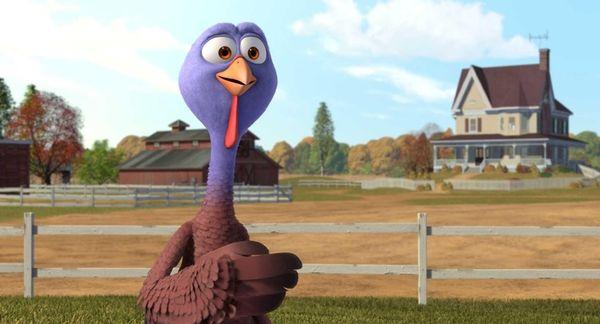 Reggie, voiced by Owen Wilson, in a scene